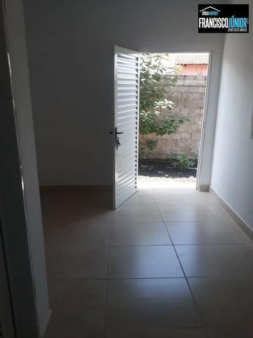 Casa em Santa Bárbara de Goiás, Construção Nova num lote inteiro de 250 m². Perto do Lago - Foto 10