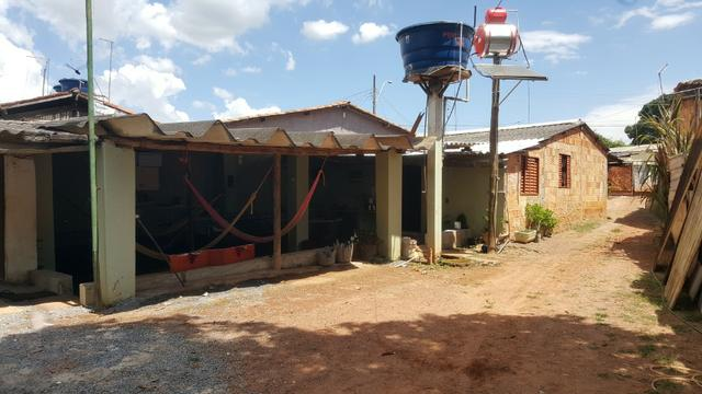 Casa no Bairro Vila Nova, Com amplos espaço nos fundos - Aceito Casa menor valor