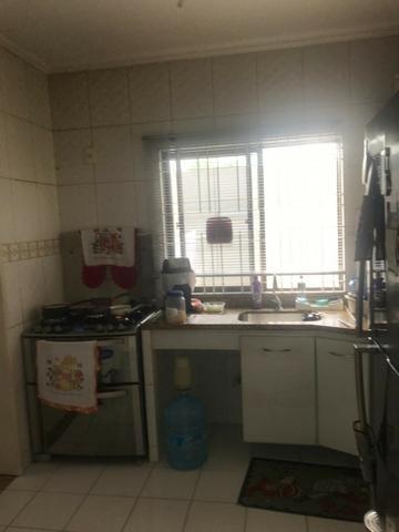 100% Mobiliado Cond. Dalva Toledo Casa Duplex 230m² c/ 04suítes no PQ das Laranjeiras - Foto 7