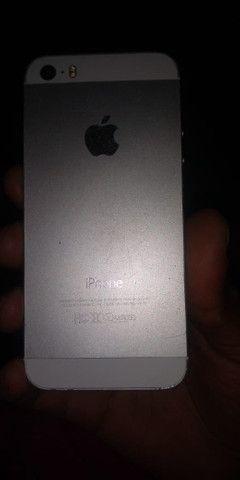 Vendo ou troco iPhone 5s por algo do meu interesse - Foto 2