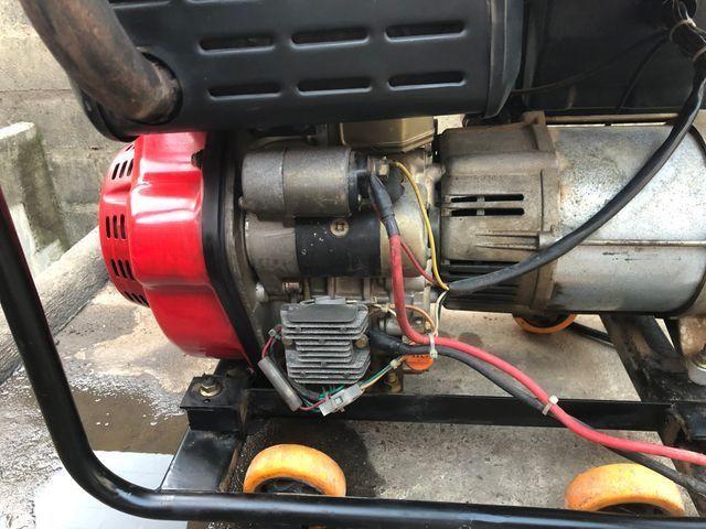 Gerador a Diesel injeção eletrônica de 8 KVA, partida elétrica - Foto 6