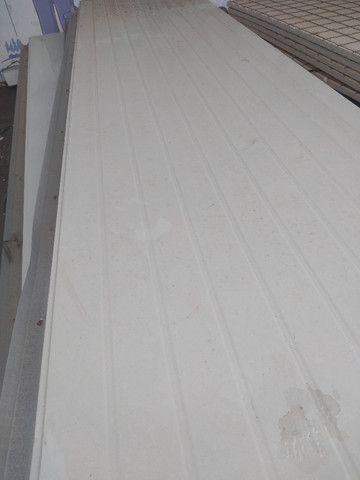 Telhas termica sanduiche forro pintada de branco