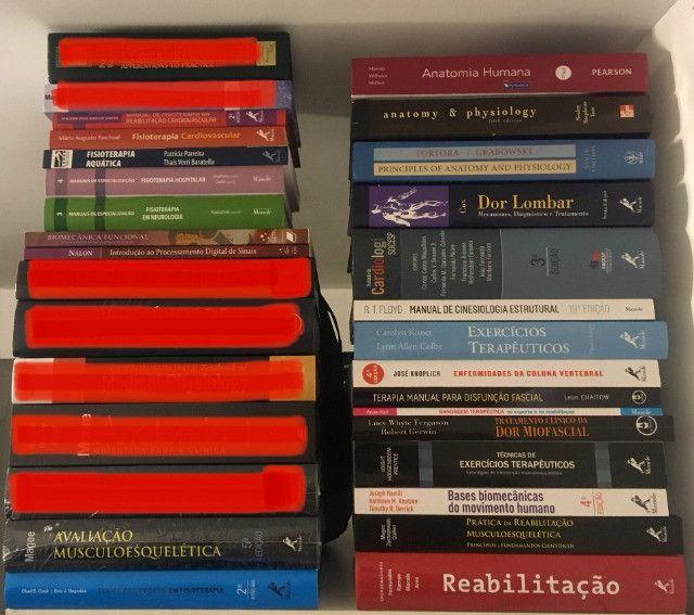 Livros na área de medicina/fisioterapia/educação física