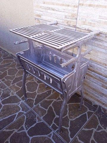 ( Nova) Churrasqueira Grande Desmontável Alumínio + Grelha - Foto 5