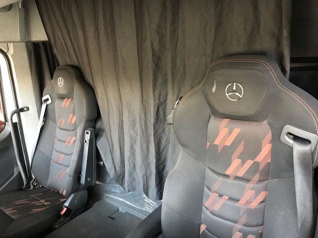 Mercedes-Benz Axor 2544 ano 2018 - Foto 2