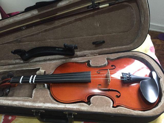 Violino estudante com espaleira marca Everest