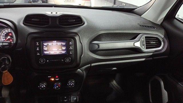 Jeep Renegade 1.8 Sport - Foto 14