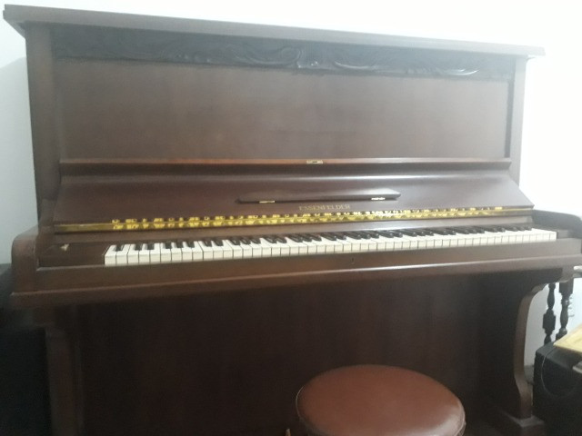 Piano Essenfelder Modelo C 142 - Foto 5