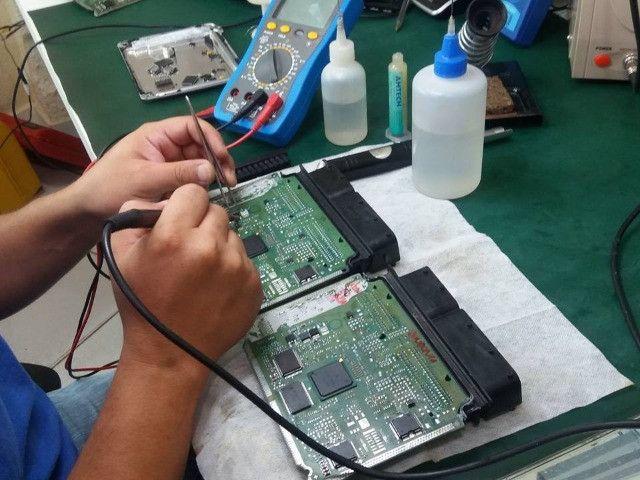 Conserto de modulo de injeção eletrônica automatizado