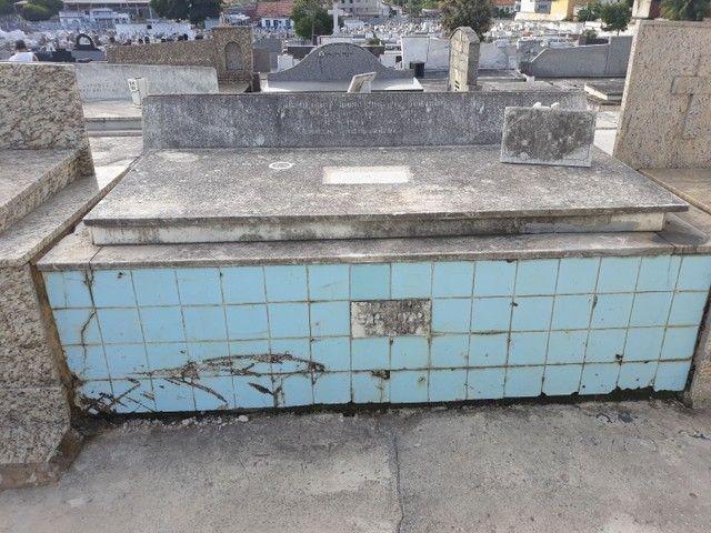 Vendo Jazigo perpétuo no cemitério de Campo Grande