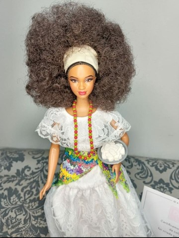 Boneca Barbie Collector Brasil Baiana - Foto 3