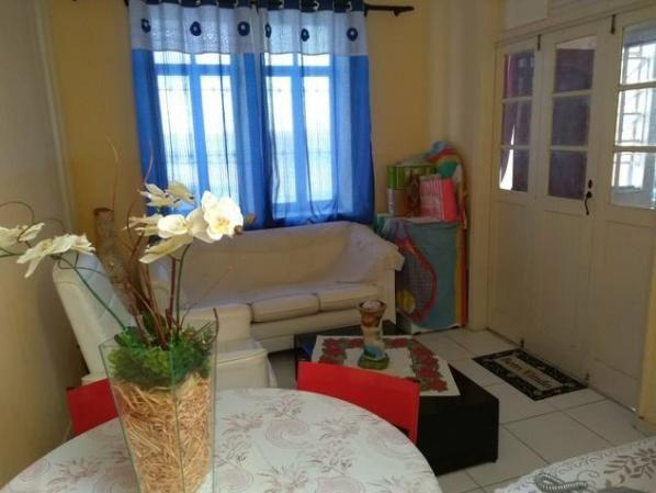 Vendemos Apartamento enorme no Barbalho. 03 quartos, dependências, área. Tipo casa