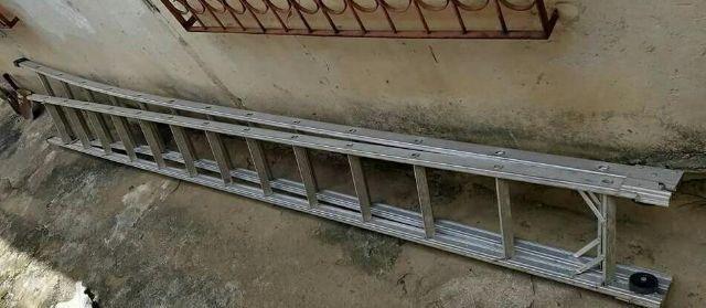 Escada Alumínio 26 Degraus