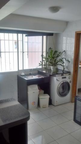 Apartamento  com 3 quartos no Edifico Portugal - Bairro Setor Oeste em Goiânia