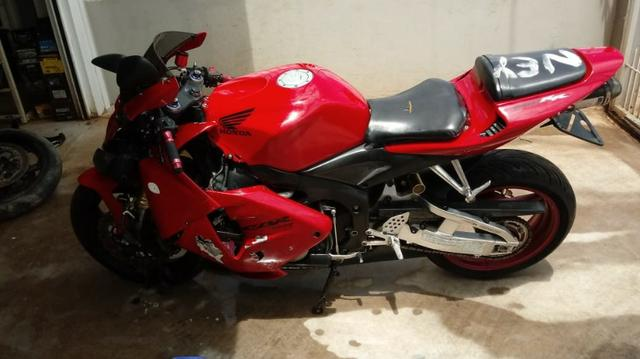 Sucata Para Retirada De Peças Honda Cbr 600 Rr Ano 2005 - Foto 5