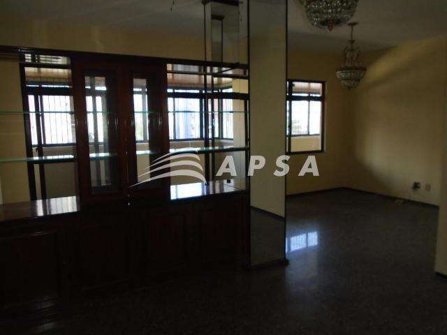 Apartamento para alugar com 3 dormitórios em Meireles, Fortaleza cod:28636 - Foto 4