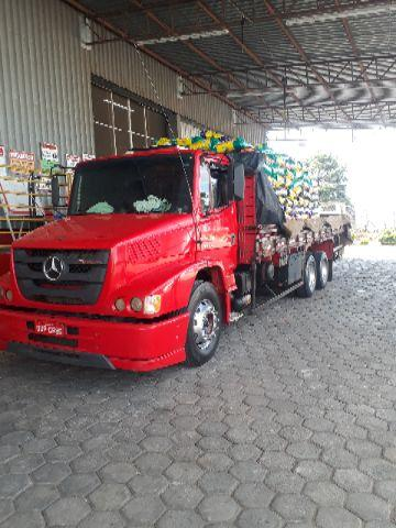 Caminhão mb 2324 2013 top trabalhando
