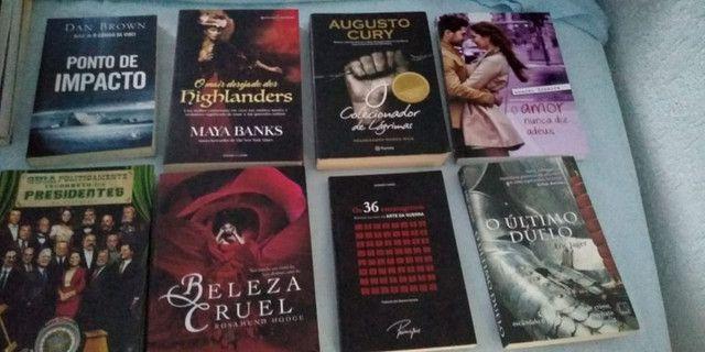 Livros á venda a partir de 15 reais