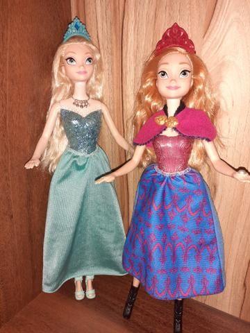 2 Bonecas Frozen Ana e Elsa Musical e luzes - Foto 3