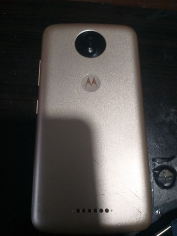 Moto c plus 16 gigas tudo ok com flash frontal