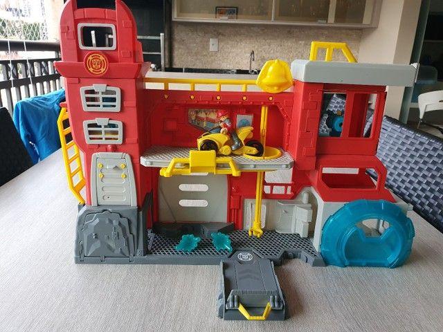 Conjunto Transformers Rescue Bots Quartel Dos Bots - Foto 4