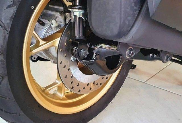 Yamaha XMAX 250 ABS - 1800 km - Zerada! - Foto 3
