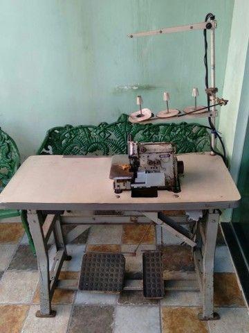 Maquina de costura vende se - Foto 2
