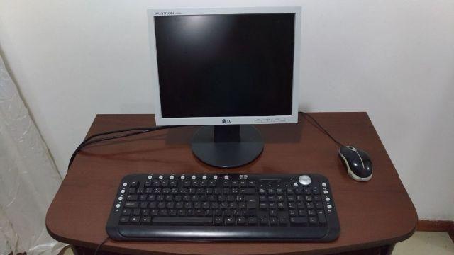 Kit: Monitor LG, mouse, teclado e estabilizador e