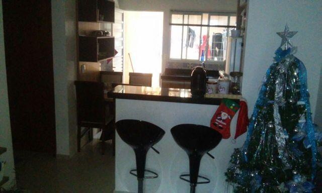 Casa com cozinha planejada
