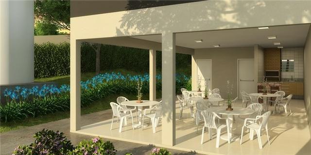 Casas de 50m² - 2 dormitorios - quintal de 12m² nos fundos - 1 vaga de garagem, com lazer - Foto 4