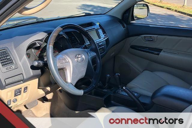 Toyota Hilux SW4 SRV 3.0 TDI Automático - 2014 - Foto 4