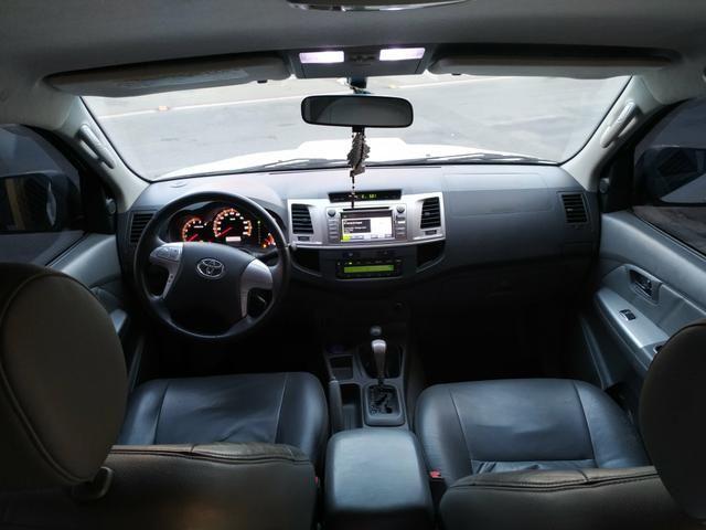 Hilux SRV 4x4 aut - Foto 2