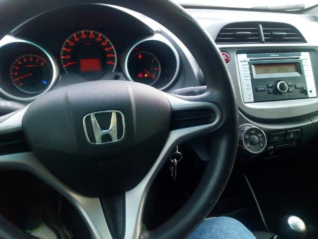 Honda Fit lx 1.4 completo,carro 2° dono,confira!!! - Foto 6
