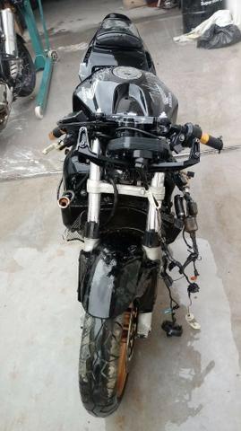 Moto Para Retirada De Peças/sucata Honda Cbr 600 Rr Ano 2004 - Foto 3
