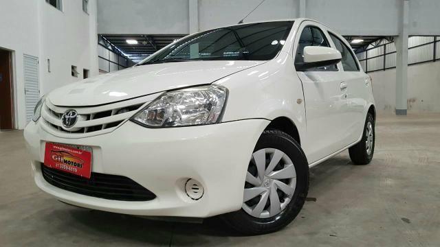 Toyota Etios 1.3x 2014 Compl. Financiamento pelo CPF e CNPJ