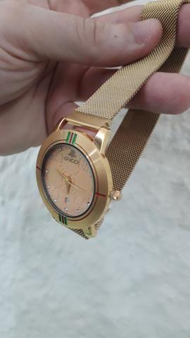 a1039c9dc Relógio Gucci Feminino Dourado - Bijouterias, relógios e acessórios ...