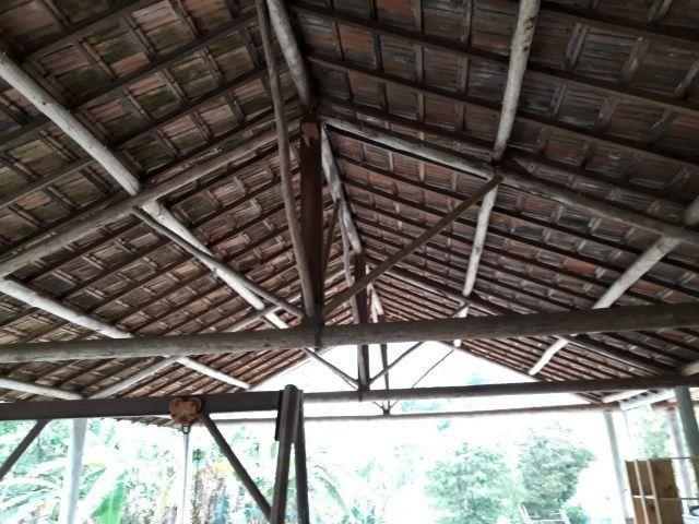 Cobertura de eucalipto e telha francesa para área rural - Foto 6