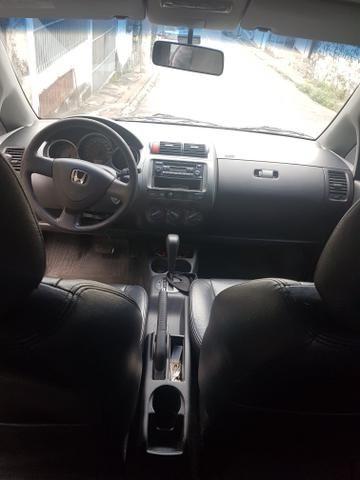 Vendo Honda fit automático - Foto 8