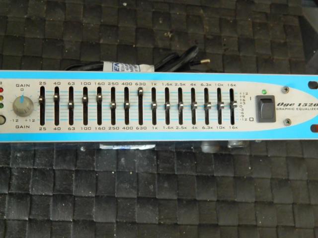 Equalizador Oneal Oge 1520 15 Bandas Stereo Bivolt - Foto 3