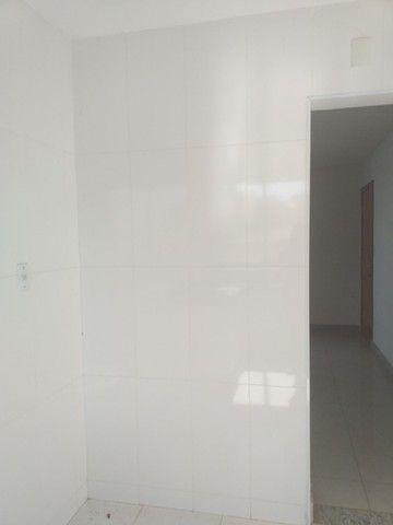Vende-se! Apto 2 quartos, varanda, 1 vaga livre coberta. Bairro Fernão Dias/Pirajá. - Foto 8