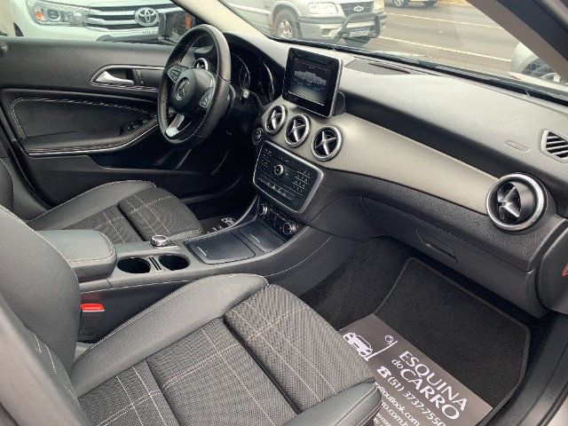 Mercedes gla 200 advance 2017 51.000 km todas revisoes feitas e ipva 2021 pago - Foto 14