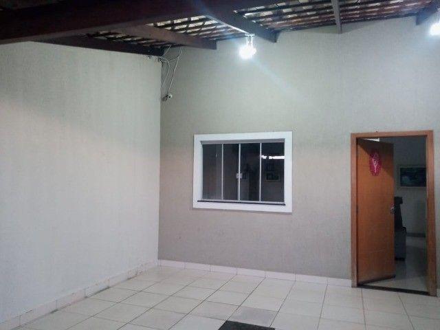Vendo Casa de três quartos na região leste de Goiânia - Foto 8