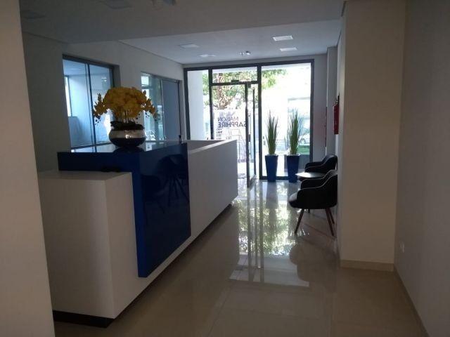 Aluga apt. próximo da U.E.M. com suite mais um quarto, garagem e elevador - Foto 5