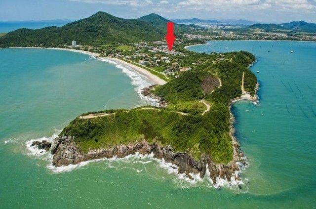 Casa na praia por dia, c/ piscina c/ 3 suítes c/ ar e próximo ao Beto Carrero - Foto 3