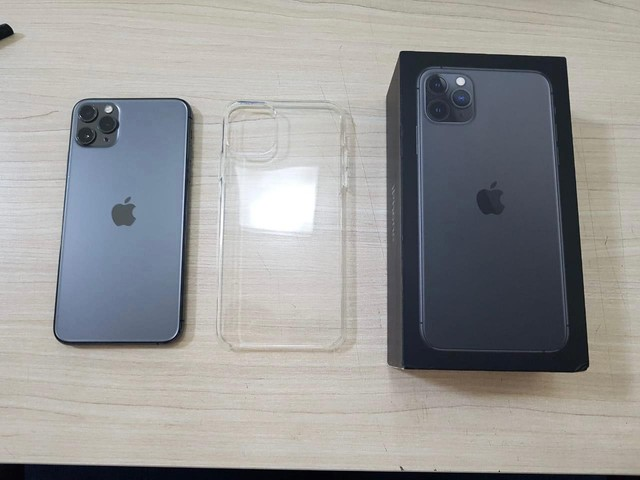 iPhone 11 Pro Max 64  - Foto 4