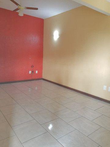 Imperdível, locação! Ampla casa com 3 quartos no Centro de Itaguaí - Foto 3