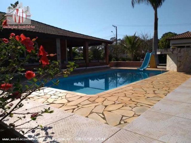 Chácara maravilhosa, excelente construção, 02 suítes, área gourmet, piscina - Pinhalzinho