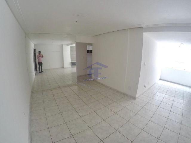 Apartamento com 3 quartos (1 suíte) - Edifício Stella Maris - Jatiúca