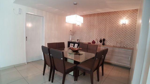 Casa em Condomínio Alto Padrão - 4 Suítes - Projetada - Espaço Gourmet Privativo