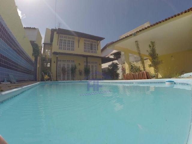 Condomínio La Reina - Casa com 3/4 sendo 1 suíte e piscina